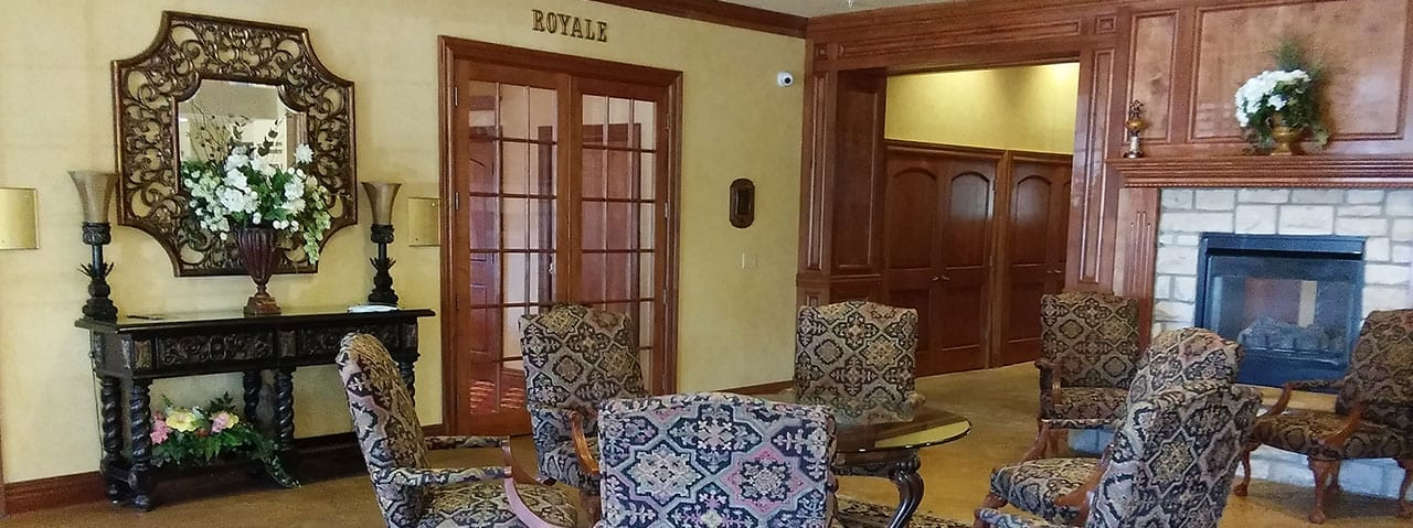 Royale dining room